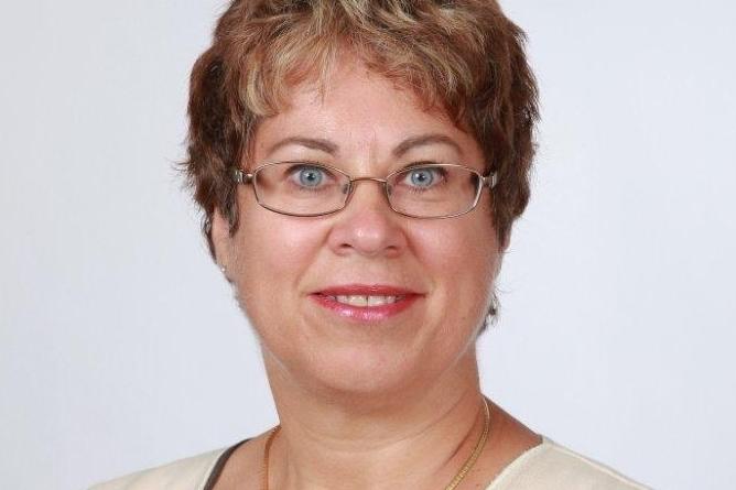 Suzanne Bray