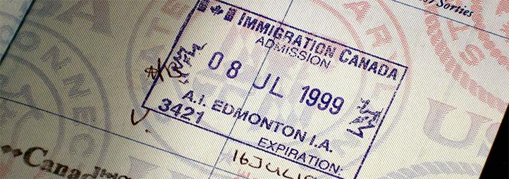 Étampes d'un passeport canadien