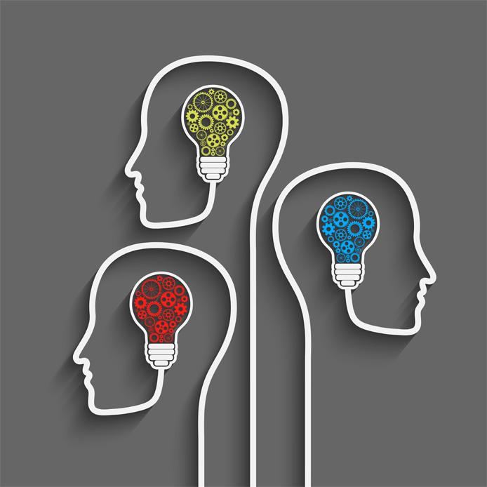 Graphique de 3 têtes contenant des ampoules remplies d'engrenages de différentes couleurs