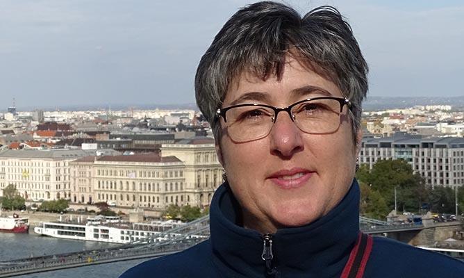 Julie Leroux