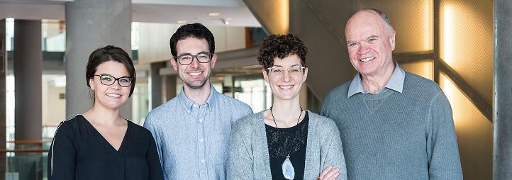 Photo du groupe de travail ad hoc sur la santé mentale, formé de Marie-Pierre Daigle, Marie-Pier Vandette, Shawn Sanders et Tim Aubry, PhD