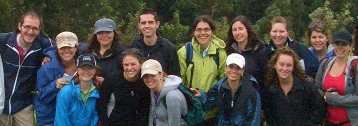 Large group of smiling participants from the Field Research Course