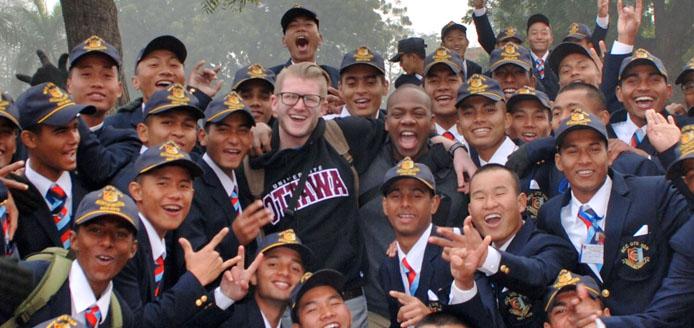 groupe d'étudiant asiatique