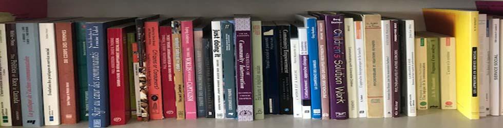 rangée de differents livres