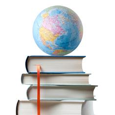 globe sur des livres