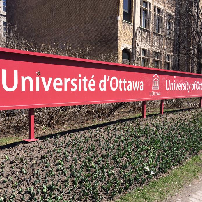 affiche Université d'Ottawa
